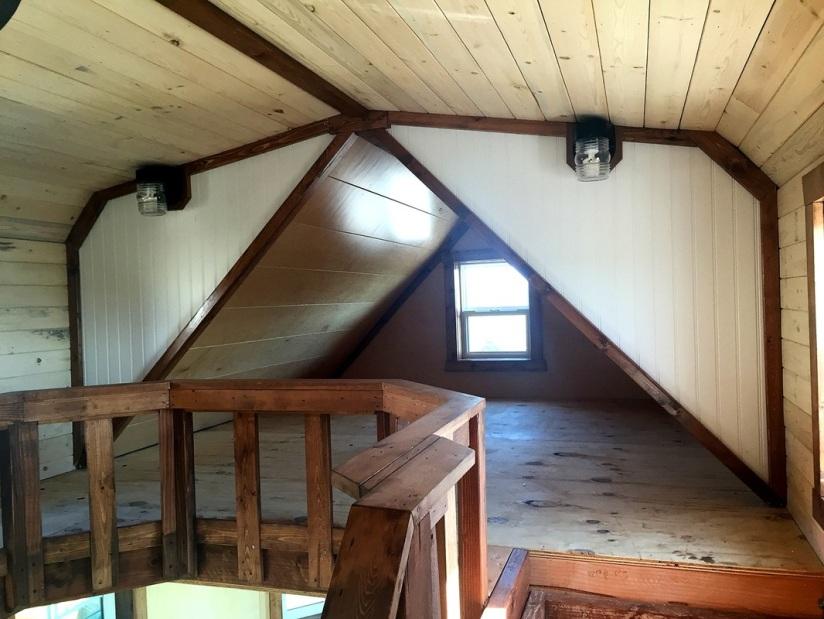 Cabin Loft 2