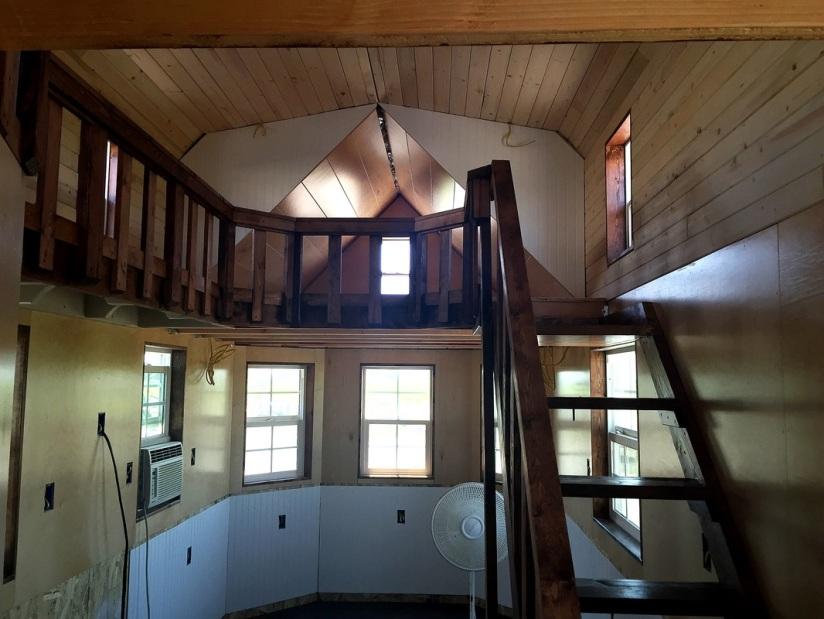Cabin- Loft